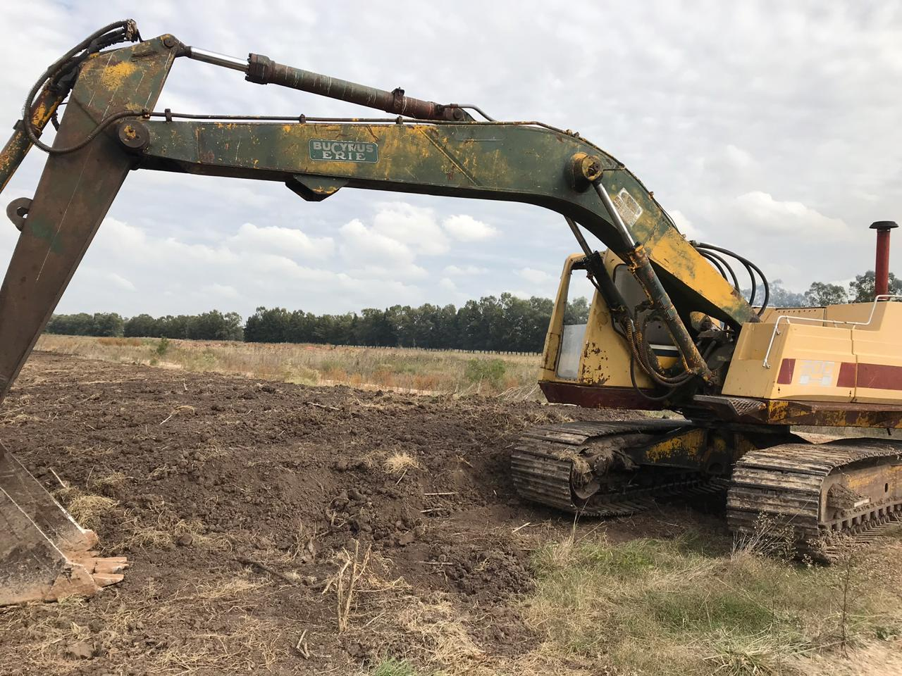 Excavadora Serie 300